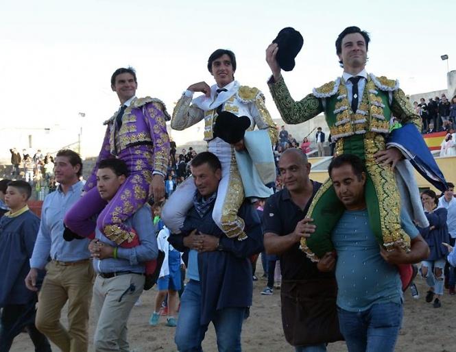 Lluvia de trofeos en Mora