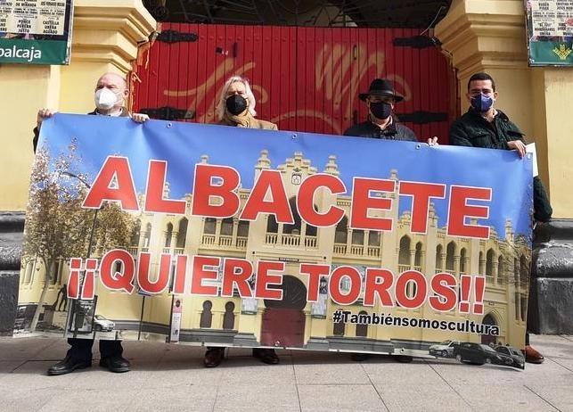 Albacete quiere que se reabra la plaza de toros