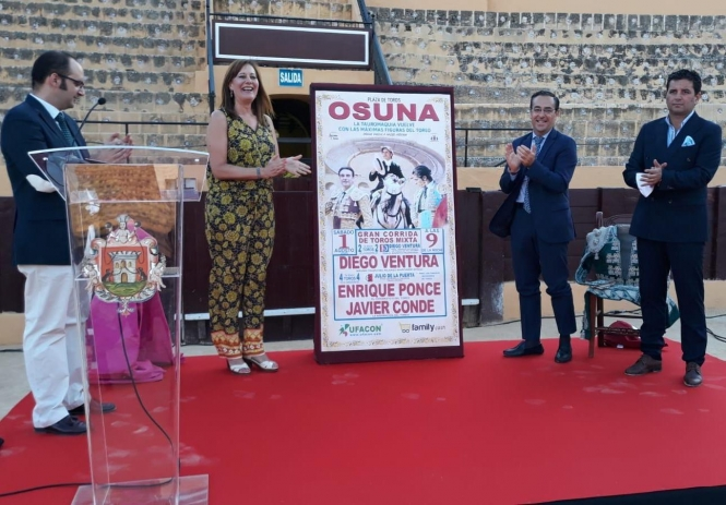 Osuna presenta uno de los primeros festejos del año