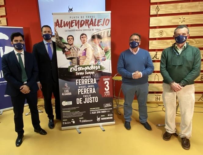 Almendralejo abre la temporada en Extremadura