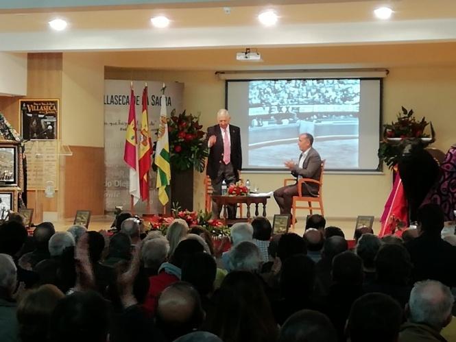 Paco Camino sienta cátedra en Villaseca de la Sagra