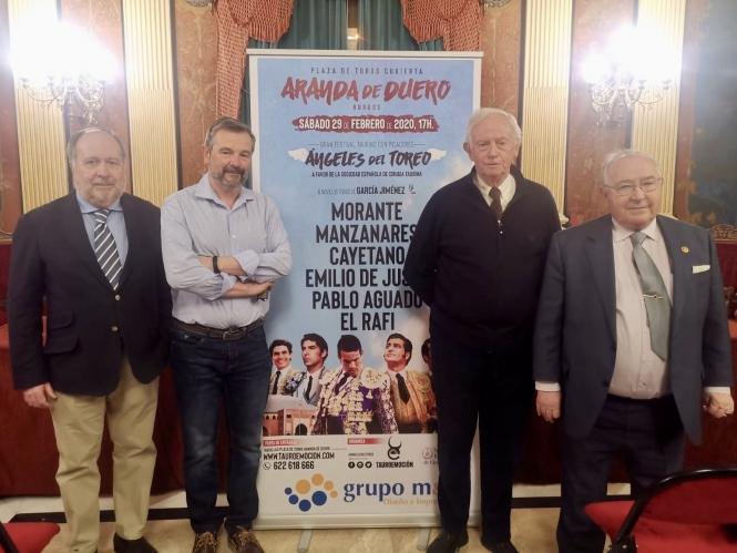 Los 'ángeles del toreo' encandilan en Burgos