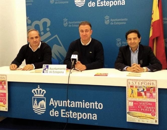 Ventura, El Fandi y Perera, en Estepona