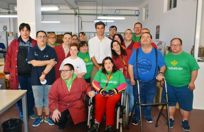 Rubén Pinar, gesto solidario con Asprona