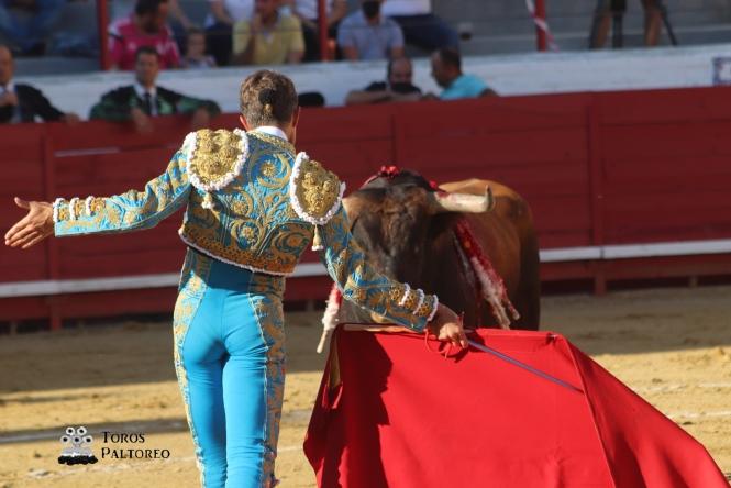 Sergio Serrano y Ángel Téllez, a hombros