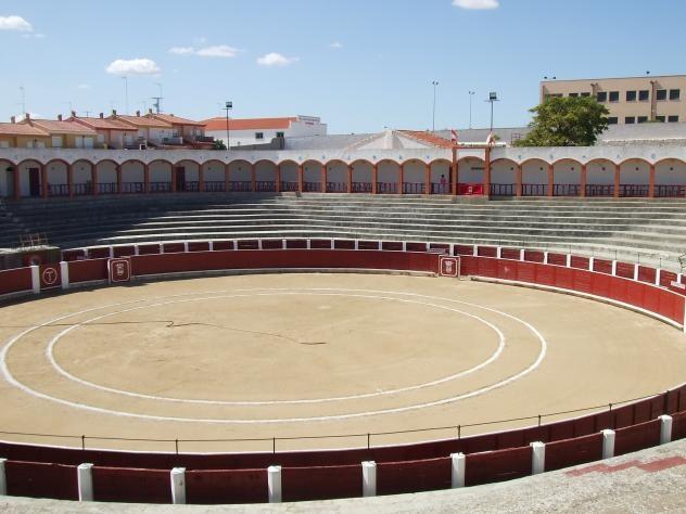 Una corrida de toros mixta en Munera