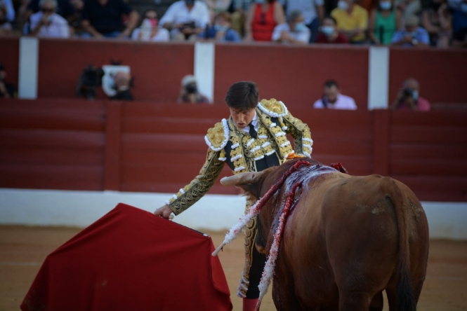 Antonio Ferrera y Emilio de Justo, por la puerta grande